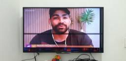 TV COM DEFEITO NA TELA