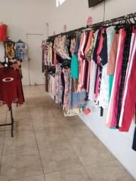 Loja -Vendo ou troco loja por carro ou terreno