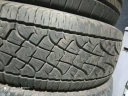 Vendo 4 pneus 265/65/17 PIRELLI SCORPION
