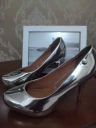 Sapato Vizzano prata lindo!!!!