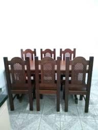 Mesa de sucupira maciça com 6 cadeiras
