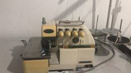 Máquina de costura interlock yamata