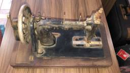 Máquina de Costura Clemens Muller Dresden
