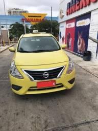 Vendo Nissan Versa SL 1.6 - 2016 - Taxi - Completo(Autonomia + Carro+ Kit Gás)