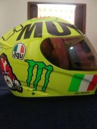 Vendo capacete AVG