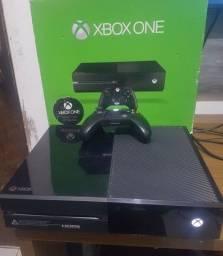 Xbox one 500Gb Completo - Aceito Cartões
