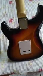 Guitarra com pedais Troco por violões de nylon