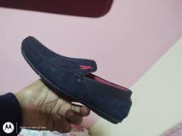 Dois pares de sapatos mocassim nunca usado novos,tamanho42