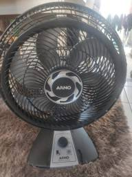 Ventilador usado Arno
