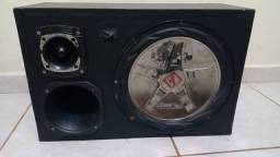 caixa de som com módulo