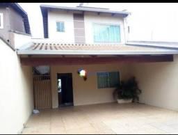 Sobrado com 3 dormitórios à venda, 170 m² por R$ 445.000,00 - Jardim Bela Vista - Goiânia/