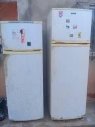 Vende-se 2 geladeiras funcionando