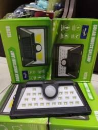 Luminaria Com Sensor.presença e Bateria Solar