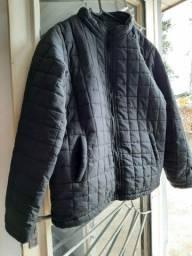 Vendo uma jaqueta masculina