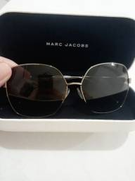 Óculos de sol importado seminovo da Marc Jacobs