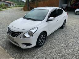 Nissan Versa 1.6 unique