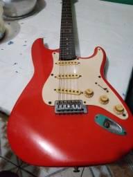 Vende-se uma guitarra ?