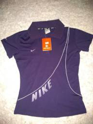 Camiseta Nike feminina NOVA