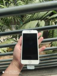 iPhone 8plus vitrine