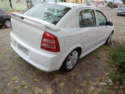 Vendo Astra Hatch CD