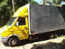 frete com caminhão baú (fechado)