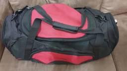 Vendo mala Mizuno vermelho/preto