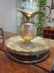 Jarra e cesta fruteira antiga em latão cobre bronze não prata