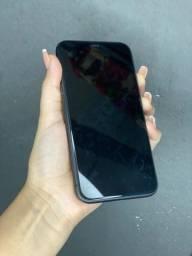 iPhone 11 128 preto