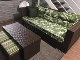 Vendo sofá e uma mesa de centro