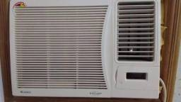 Vendo aparelho de ar condicionado Gree usado em Aracruz