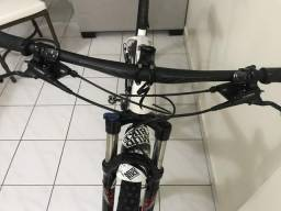 Bike specialized branca aro 29