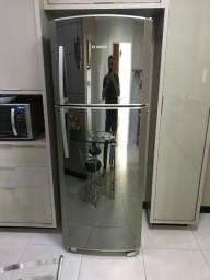 Geladeira Bosch Espelhada 445lts Frost Free Glass Edition