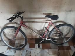 Vende_se: uma bicicleta falar com claudiney.fone: 993366475