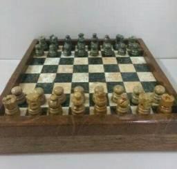 Jogo de Xadrez em Pedra Sabão COM Caixinha