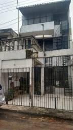 Vendo Prédio de 3 andares c 3 três apartamentos, valor à vista R$ 250.000,00