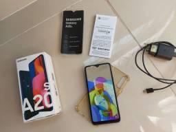 Samsung A20s Novo,ainda na garantia.  Nenhum arranhão