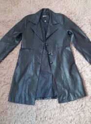 Jaqueta preta de couro legítimo