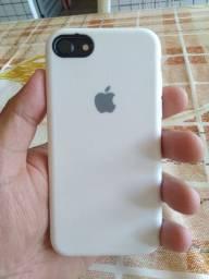 Troco iPhone 7 em roda 17 ou Som altomotivo