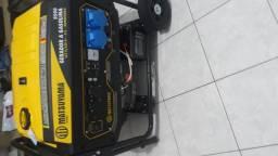 Vende-se gerador de eletricidade a gasolina matsuyama