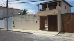 Casa com 4/4 em Condomínio Portal de Arembepe