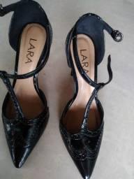 Sapato de salto Lara
