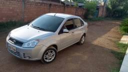 Fiesta sedan Rocam