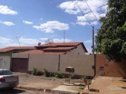 Aluga-se casa no Resid. Itatiaia - Anápolis (Brasil Sul ao lado Jamil Miguel) 3 km do Daia