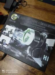 R$150,00 Pra rápido faróis em LED  recarregável pra baike  novinho nunca usado