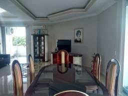 Alugo apartamento mobiliado com 3 quartos no Condominio Rio Amazonas