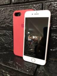 iPhone 7 32GB Rose - Acompanha 2 Capinhas, Carregador e Fone ( Semi - Novo )