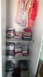 Guarda roupa infantil usado