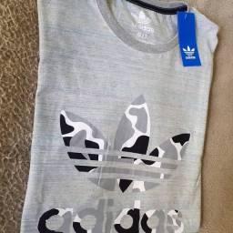 Camisa adidas tamanho G, com etiqueta.