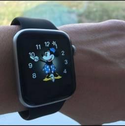 Relógio smartwatch T500C com interface da Minnie