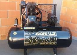 Compressor 20 pés Schulz 200 litros 220V bravo